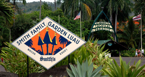 Smith's Tropical Paradise Signs